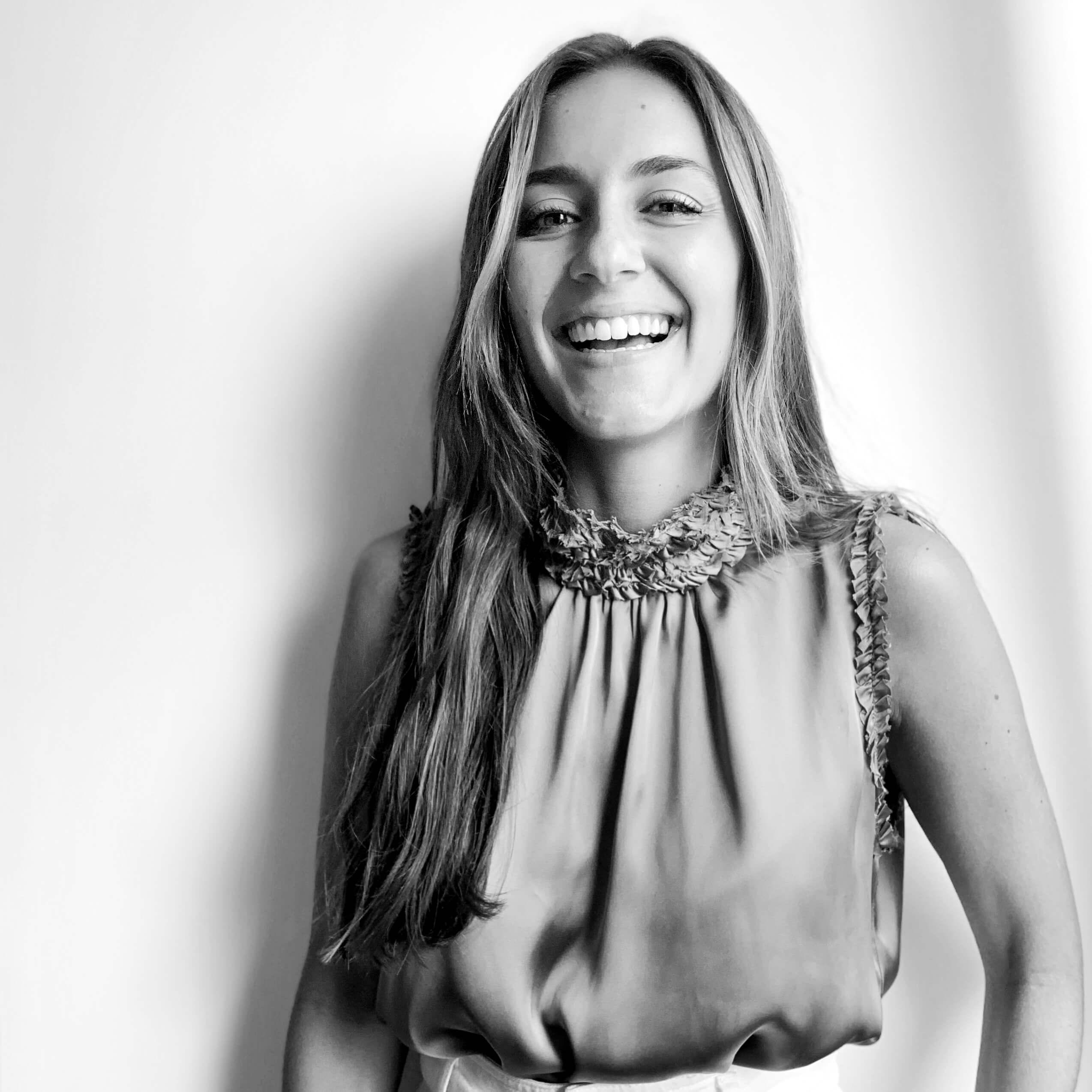 Carolina Calimano - Cuentas - JFT Comunicación